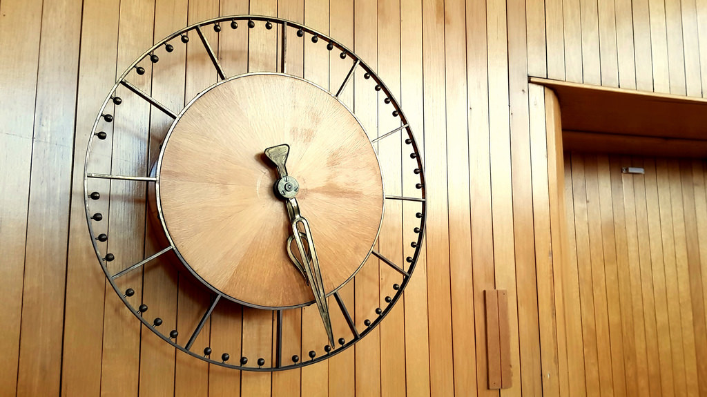 3 Of The Best Wall Clock Brands and Makers